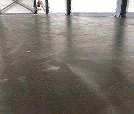Обеспыливание бетонного основания с пропиткой